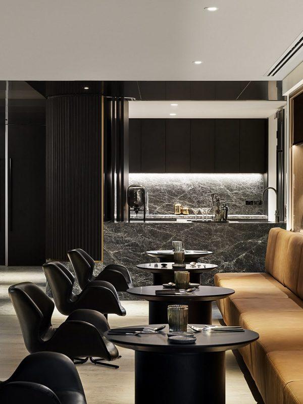 Club Lounge -min